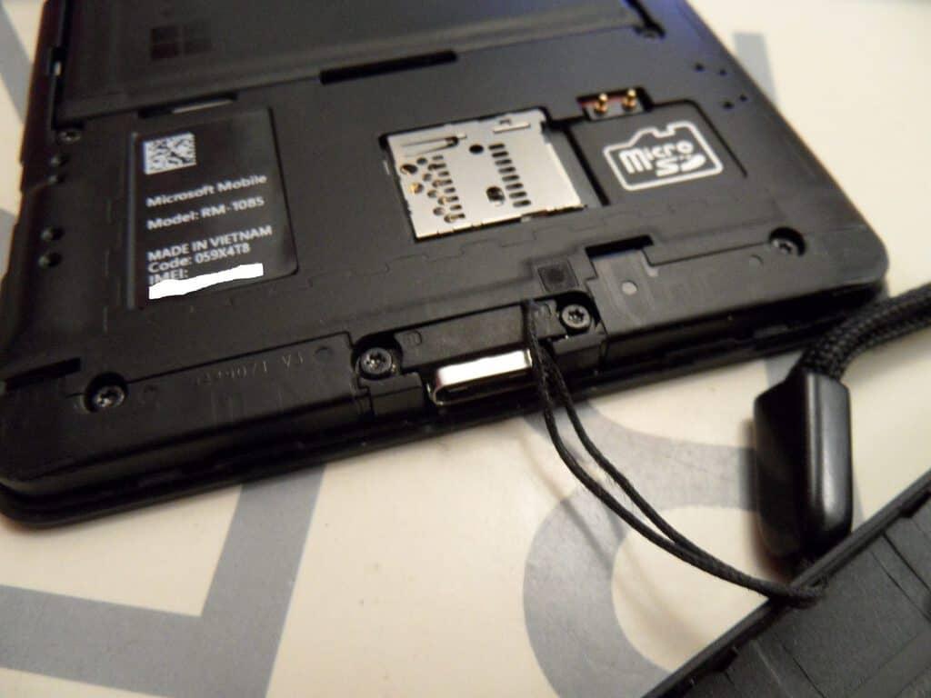 Lumia 950 XL wrist strap