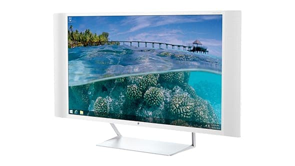 """HP 32"""" 4K Monitor."""