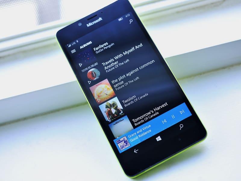 Windows 10 Mobile Groove