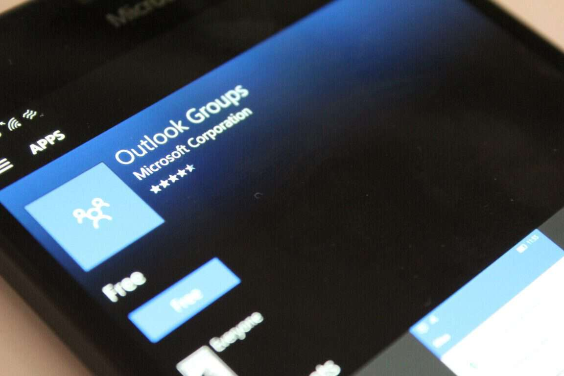 Outlook Groups