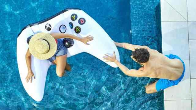 Xbox One to allow custom Gamerpics after Creators Update OnMSFT com