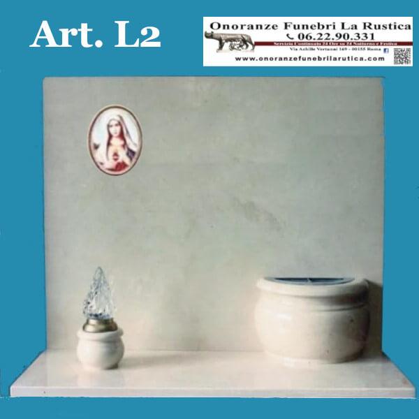 Lapide in marmo Trani con vaso e lume tornito