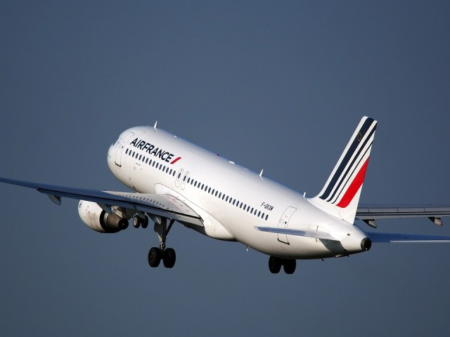 AirFrance commercial plane