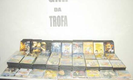 Mais de 400 CD e DVD apreendidos