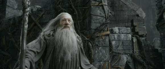 Le-Hobbit-Smaug-Gandalf