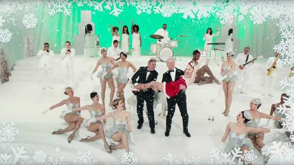 A-Very-Murray-Christmas-Bill-Murray-Miley-Cyrus-George-Clooney