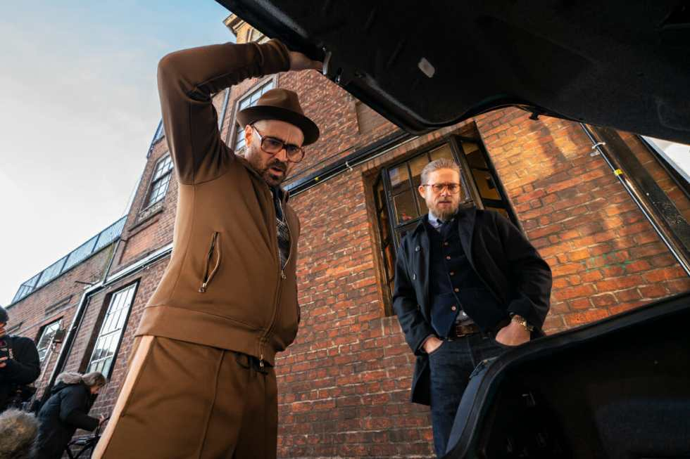 The-Gentlemen-Colin-Farrell-Charlie-Hunnam