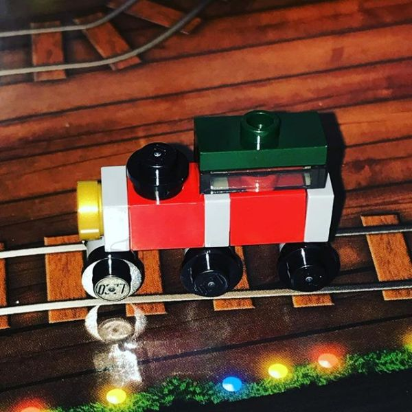 Happy Sqk this morning.... first item out of #legocityadvent is a train.....