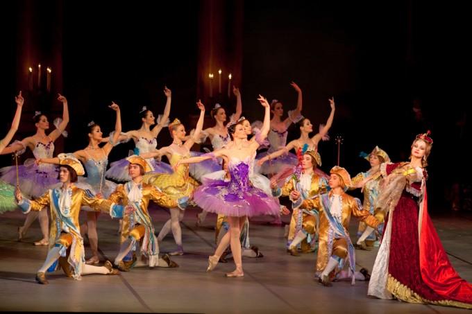 LA BELLE AU BOIS DORMANT le Ballet au Palais des Congrés du 24 au 26 Avril onsortoupas fr # Ballet Belle Au Bois Dormant
