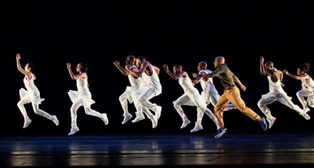 Exodus Choreography: Rennie Lorenzo Alvin Ailey American Dance Theater Credit Photo: Paul Kolnik studio@paulkolnik.com
