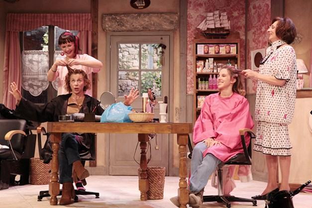 IMG_3012 Elisabeth Vitali, Sandrine Le Berre, Marie-Hélène Lentini et Léa François COIFFURE ET CONFIDENCES ©Franck Harscouët.