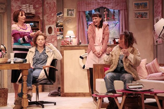 IMG_3184 Marie-Hélène Lentini, Elisabeth Vitali, Sandrine Le Berre et Brigitte Faure COIFFURE ET CONFIDENCES ©Franck Harscouët