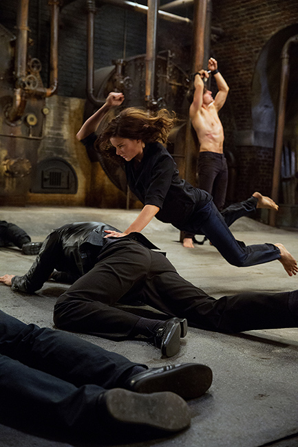 Left to right: Rebecca Ferguson plays Ilsa and Tom Cruise plays Ethan Hunt in Mission: Impossible – Rogue Nation from Paramount Pictures and Skydance Productions