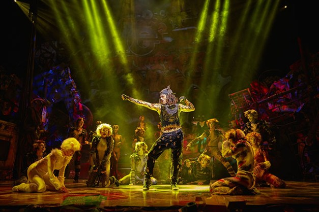 CATS Musical Mogador, Paris Stage Entertainment France