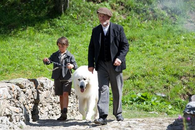 Film Belle et Sébastien, l'aventure continu... Réalisé par Christian DUGAY. Pas d'Angeline ! L'Écot - 05/08/2014
