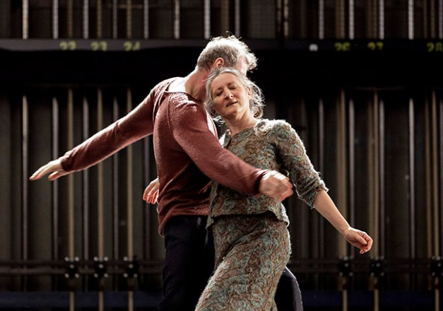 YXA choreography: Mats Ek dancers: Ana Laguna and Yvan Auzely costumes and set: Katrin Brännström music: Albinoni, performed by Flesh Quartet/Fläskkvartett