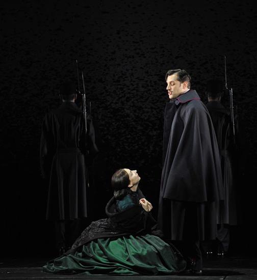 Passion 09 - Natalie Dessay (Fosca) - Ryan Silverman (Giorgio Bachetti) - ©Théâtre du Châtelet - Marie-Noëlle Robert