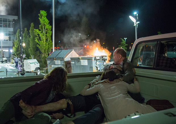 fear-the-walking-dead-episode-103-liza-rodriguez-2-935