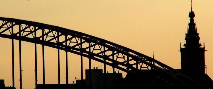 Waalbrug bruggenloop Nijmegen