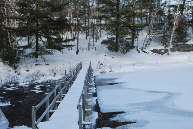 "Bridge crossing on ""The Crack"" trail, Killarney - Winter hiking"