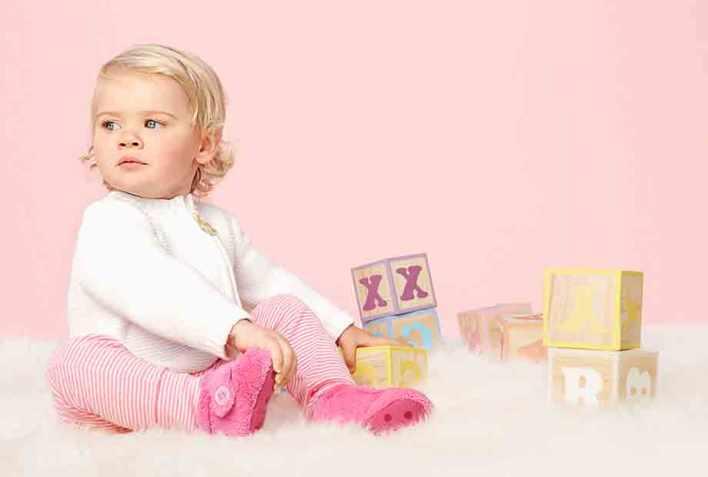 أحذية UGG الدافئة للأطفال تحت عمر 3 سنوات !