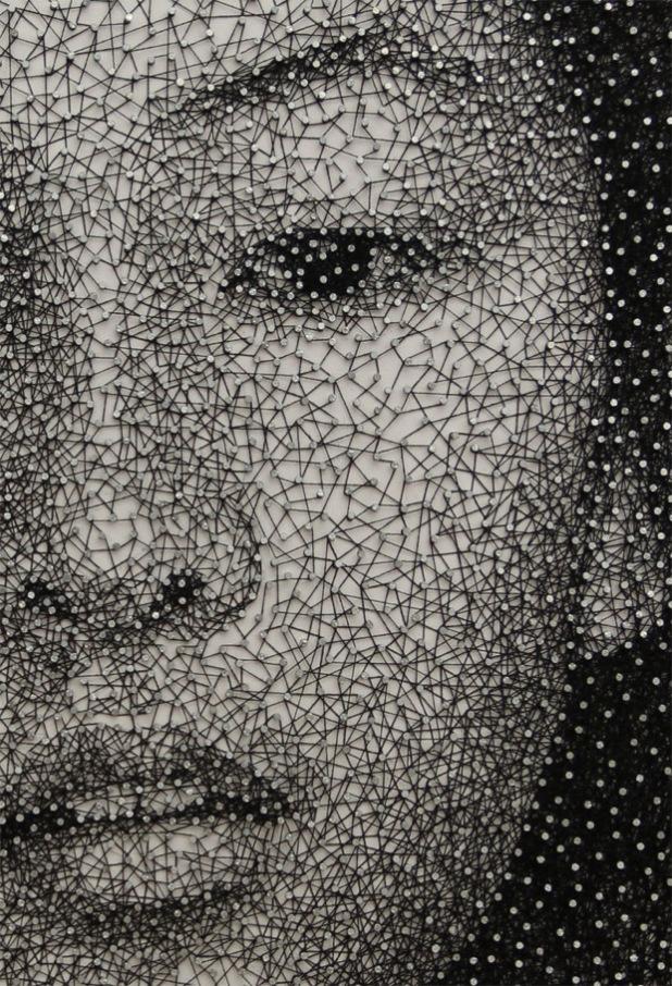 رسام ياباني يرسم لوحات رائعه باستخدام خيط واحد