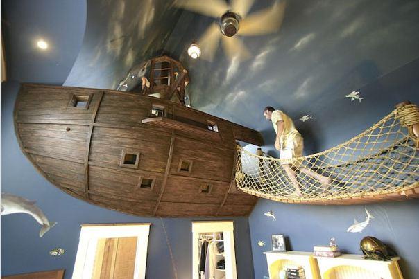 غرفة بديكور سفينة القراصنة