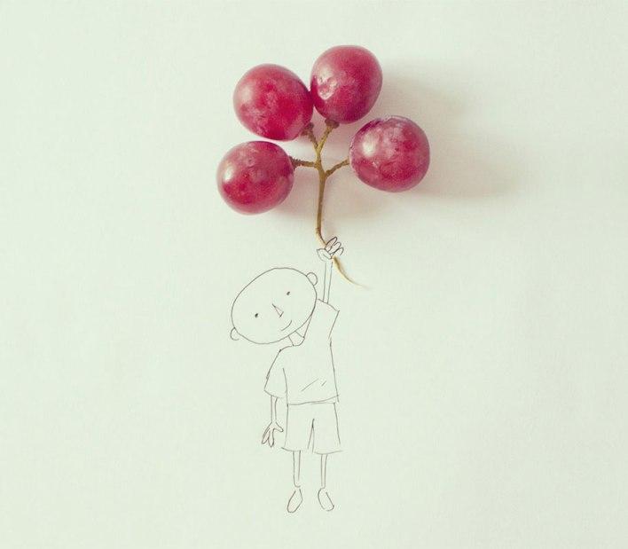 فنان يبدع في دمج الرسوم مع الاشياء اليومية
