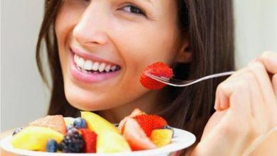 افضل 10 اطعمة للحصول على شعر صحي