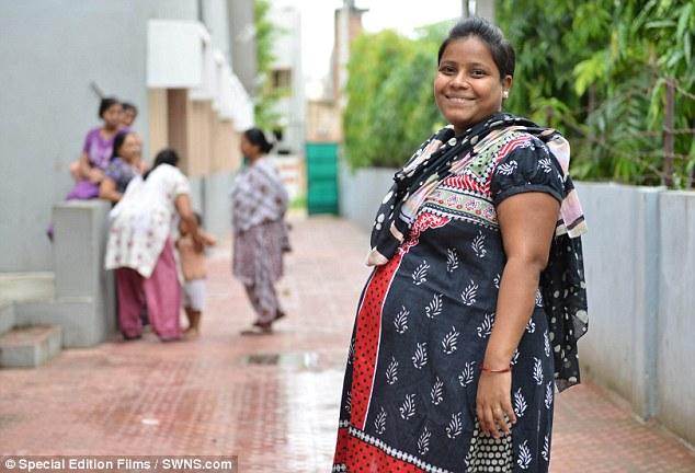 مصنع لإنجاب الاطفال في الهند 3