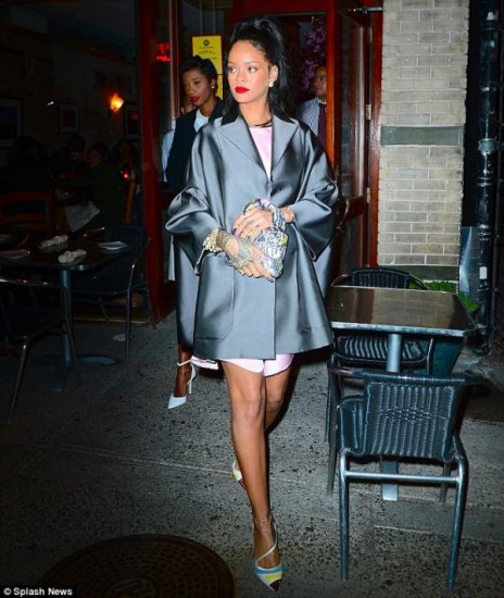 Cruise-Fashion-Show-riri (21)