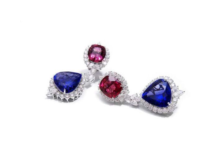 مجموعة مجوهرات ملونة من فرح خحان