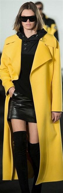 الدور العالمية تقدم هذا الشتاء اللون الأصصفر لتصاميمها لأكثر أناقة