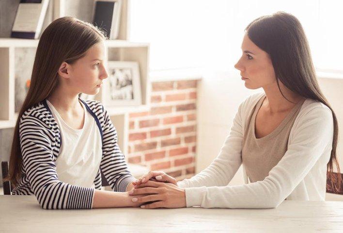 الألفاظ البذيئة والشتائم أصبحت من الاشياء التي يرغب بها أغلب الاطفال كيف نتعامل معها؟