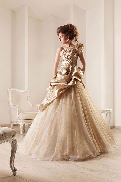 تصاميم رامي قادي لفساتين العرائس 2013