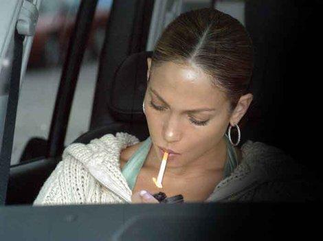 jennifer lopez smoking