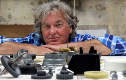 Preview – James May: The Christmas Reassembler