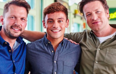 Jamie Oliver, Jimmy Doherty, Tom Daley - Jamie and Jimmy's Friday Night Feast