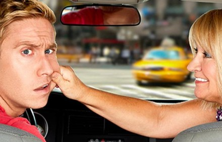 Preview – Russell Howard & Mum: USA Road Trip
