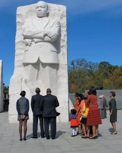 mlk-memorial-obama-family