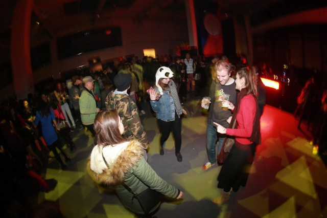 Fleeing-By-Night-2014-Party1-web-07