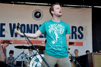 The Wonder Years- Vans Warped Tour // Photo courtesy of Gilbert Velasquez ©2013