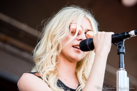 Taylor Momsen - The Pretty Reckless- Fort Rock 2014