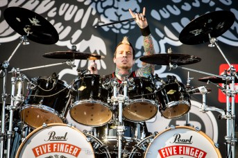 Jeremy Spencer - Five Finger Death Punch - Fort Rock 2014