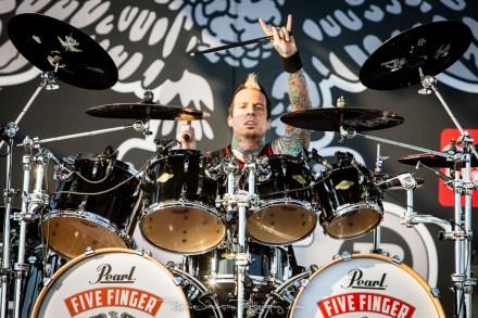 Jeremy Spencer - Five Finger Death Punch - Fort Rock 2014