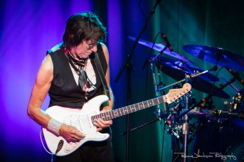 Jeff Beck - Toyota Music Factory - The Stars Align Tour