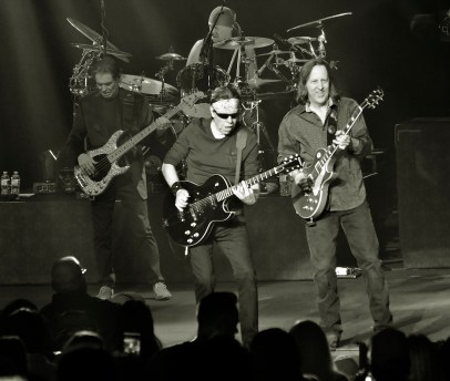 George Thorogood and the Destroyers 2019