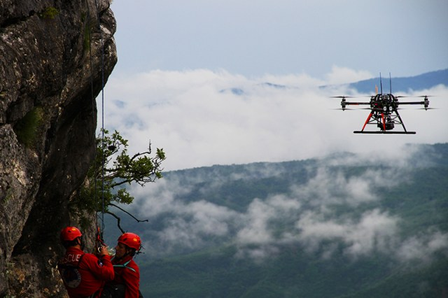 onyxstar fox c8 rescue drone uav uas search sar - Contact