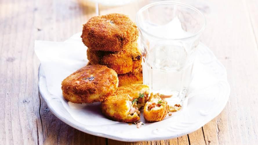 Tonijn-aardappelkoekjes