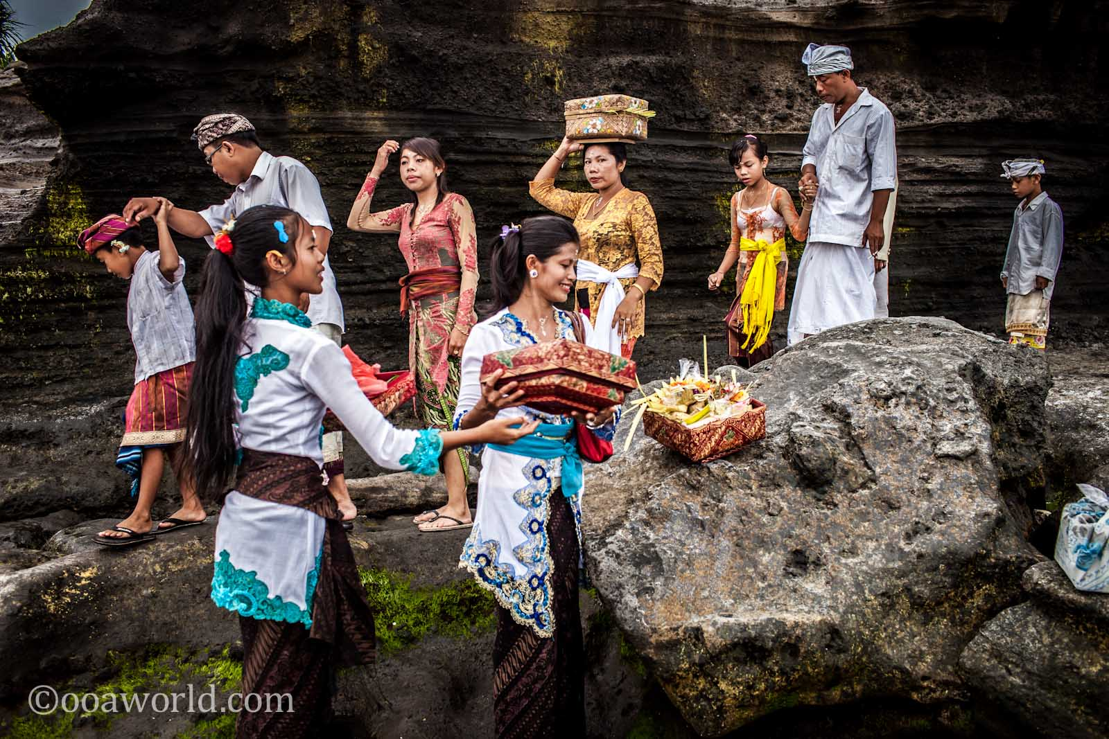 Tanah Lot Moon Celebration photo Ooaworld